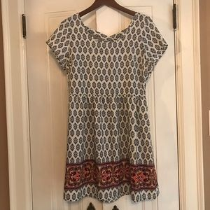 Annianna black and white patterned dress